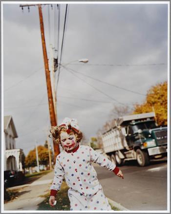 Tierney Gearon - Untitled (Mohawk, New York, 1999)