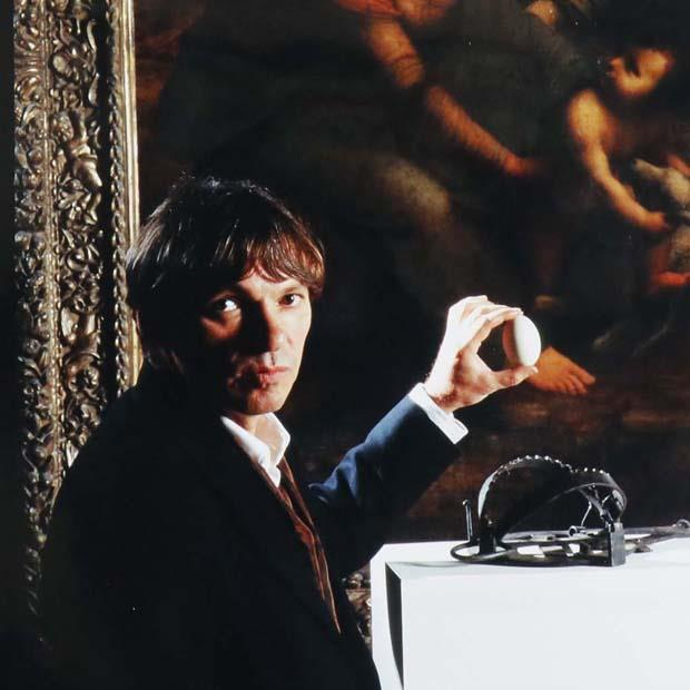 Braco Dimitrijevic - Selfportrait with an Egg and Leonardo's Madona (1996)