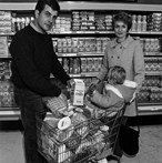Bill Owens - Family in Grocery Store 1970
